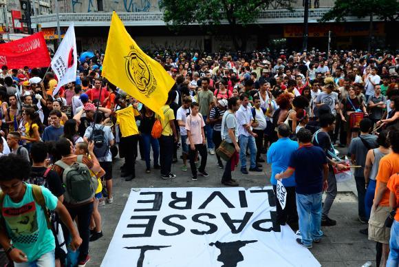 Protesto Pesse Livre Rovena RosaAgência Brasil CC 3.0
